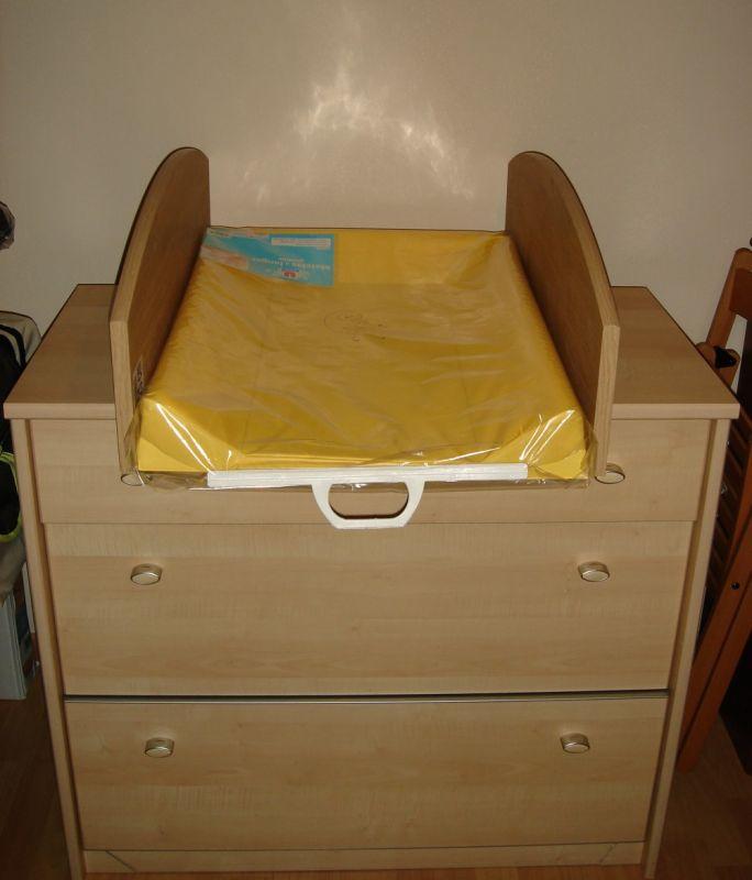 la table langer lucie et richard accouchement pr vu le 3 juillet 2008. Black Bedroom Furniture Sets. Home Design Ideas