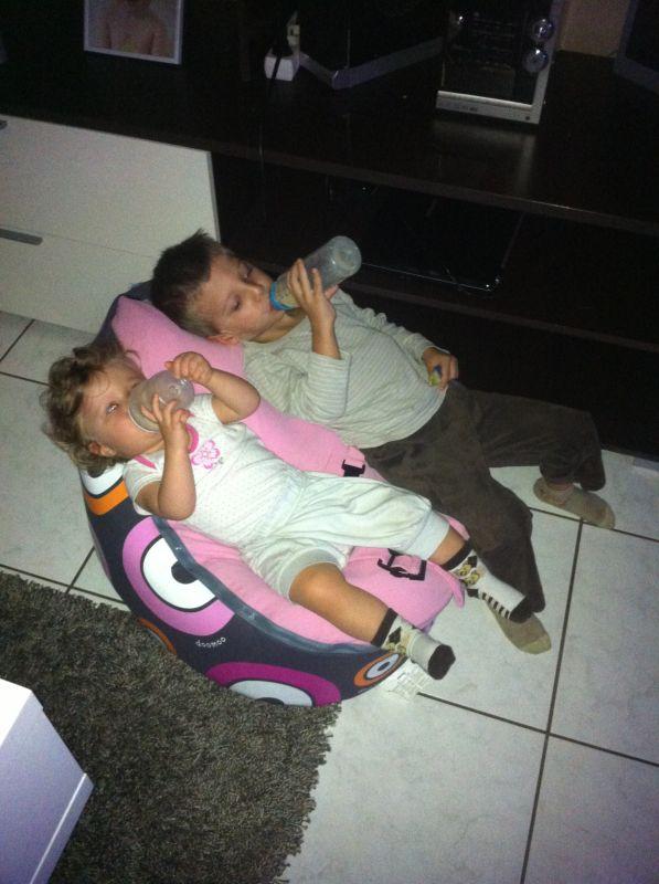 partager nous et notre 2 eme babylove accouchement pr vu le 5 juillet 2011. Black Bedroom Furniture Sets. Home Design Ideas