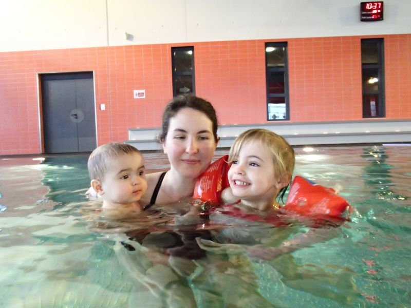 A la piscine anastasia et nous accouchement pr vu le 5 for Accouchement piscine