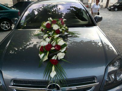 Bouquet voiture - Axelle et Jeremy - Mariage le 26 juin 2010