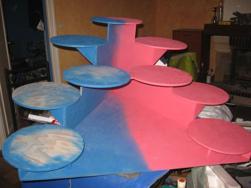 Support à gâteaux fini ! - Laetitia et Cyril - Mariage le 8 mai 2010