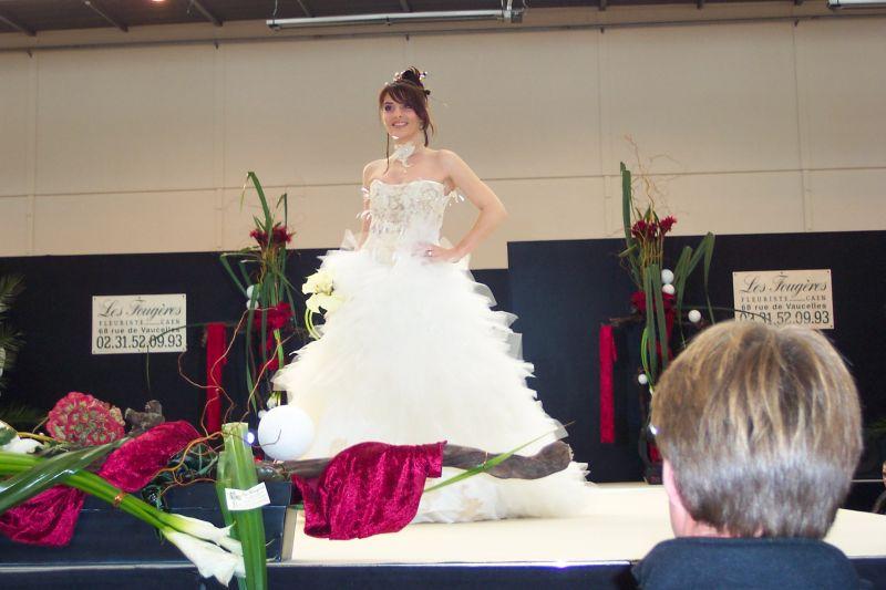 salon du mariage caen encore une petite cindy et florent mariage le 28 juin 2008. Black Bedroom Furniture Sets. Home Design Ideas