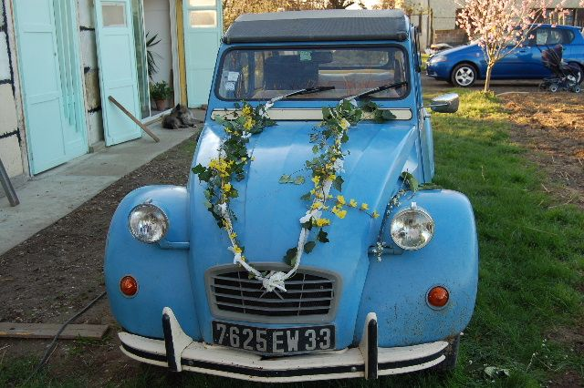 Decoration voiture celine et olivier mariage le 14 for Decoration 2cv mariage