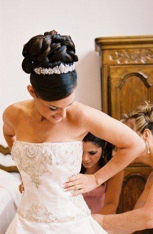 je trouve que le diadme complte la coiffure de la marie le jour j je serais bien une princesse nan - Diademe Mariage Oriental