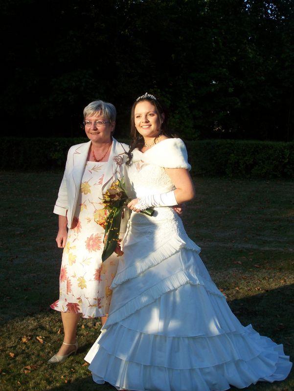La mari e et sa maman sabrina et cyril mariage le 27 septembre 2008 - Message boulette mariage ...