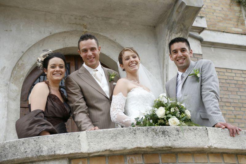 et oui ma soeurette et bobo se marient en 2010 je suis trop contente jadoooooooooore les mariages et surtout toute lorganisation en - Renan Luce Mariage