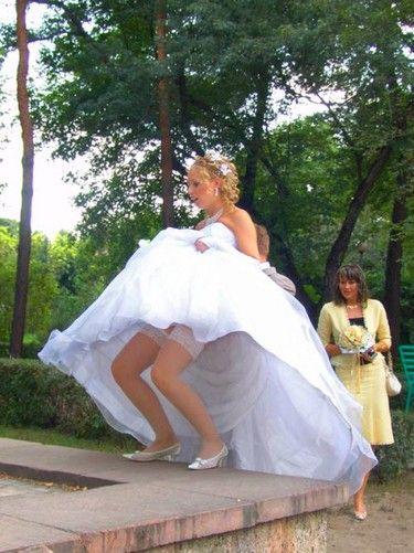 sous les robes de mariees